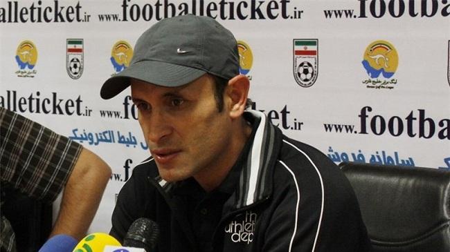 گل محمدی: بازیکنان ما لیاقت شکست پرسپولیس را داشتند